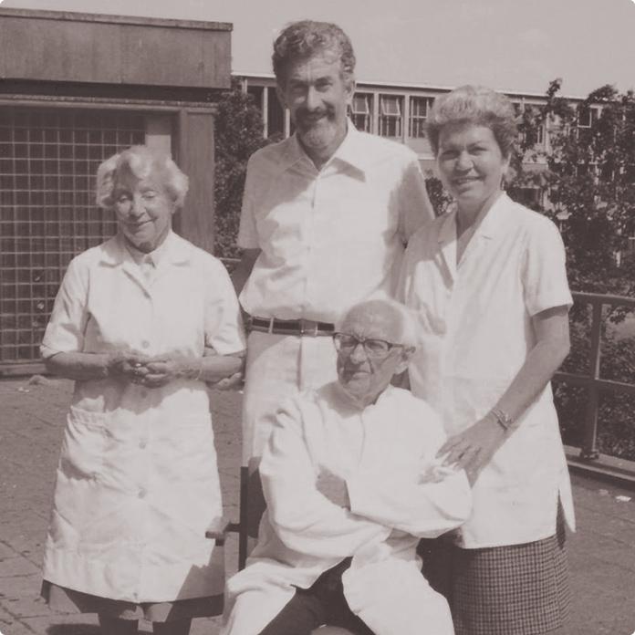 ボッダー博士の直弟子であるギュンター・ウィットリンガーと妻のヒルデガルドがオーストリアにDr. Vodder Academyを設立。